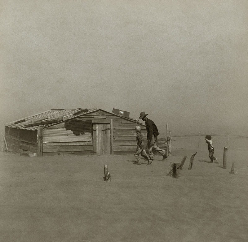 A farmer and his two sons during a dust storm in Cimarron County, Oklahoma, 1936, Photo: Arthur Rothstein